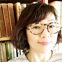 平山亜佐子さん(文筆家・デザイナー・挿話蒐集家)
